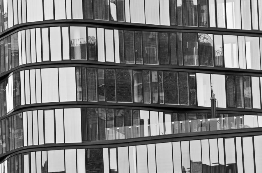 mirrored-windows